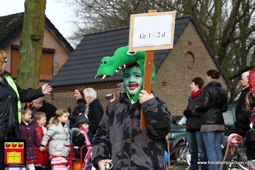 carnavalsfeest op school 08-02-2013 (21).JPG