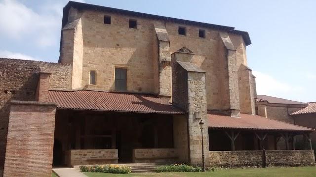 Monasterio Zenarruza (Colegiata Parroquia) - Ziortzako Monastegia