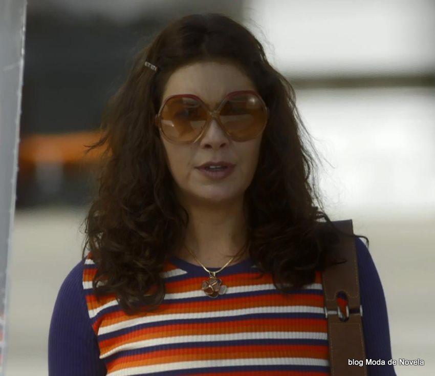 moda da novela Boogie Oogie - óculos da Cristina dia 4 de agosto