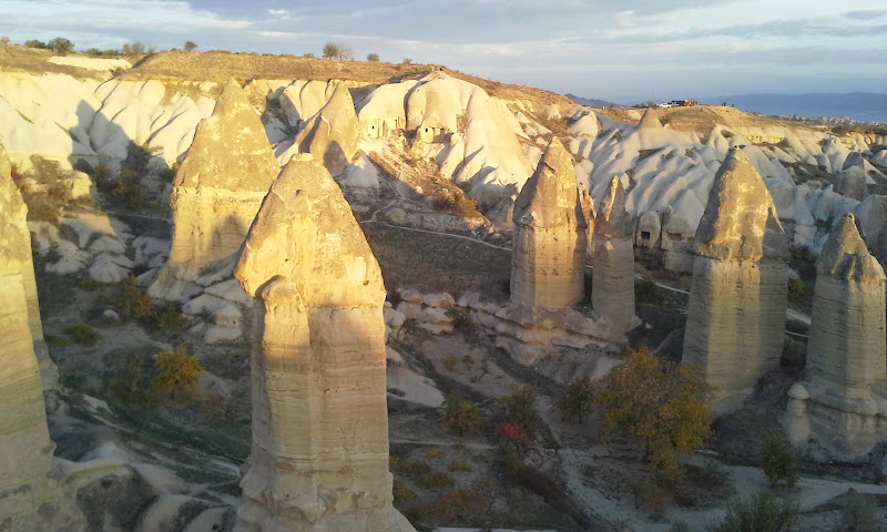 cappadocia hot air balloon fairy chimneys