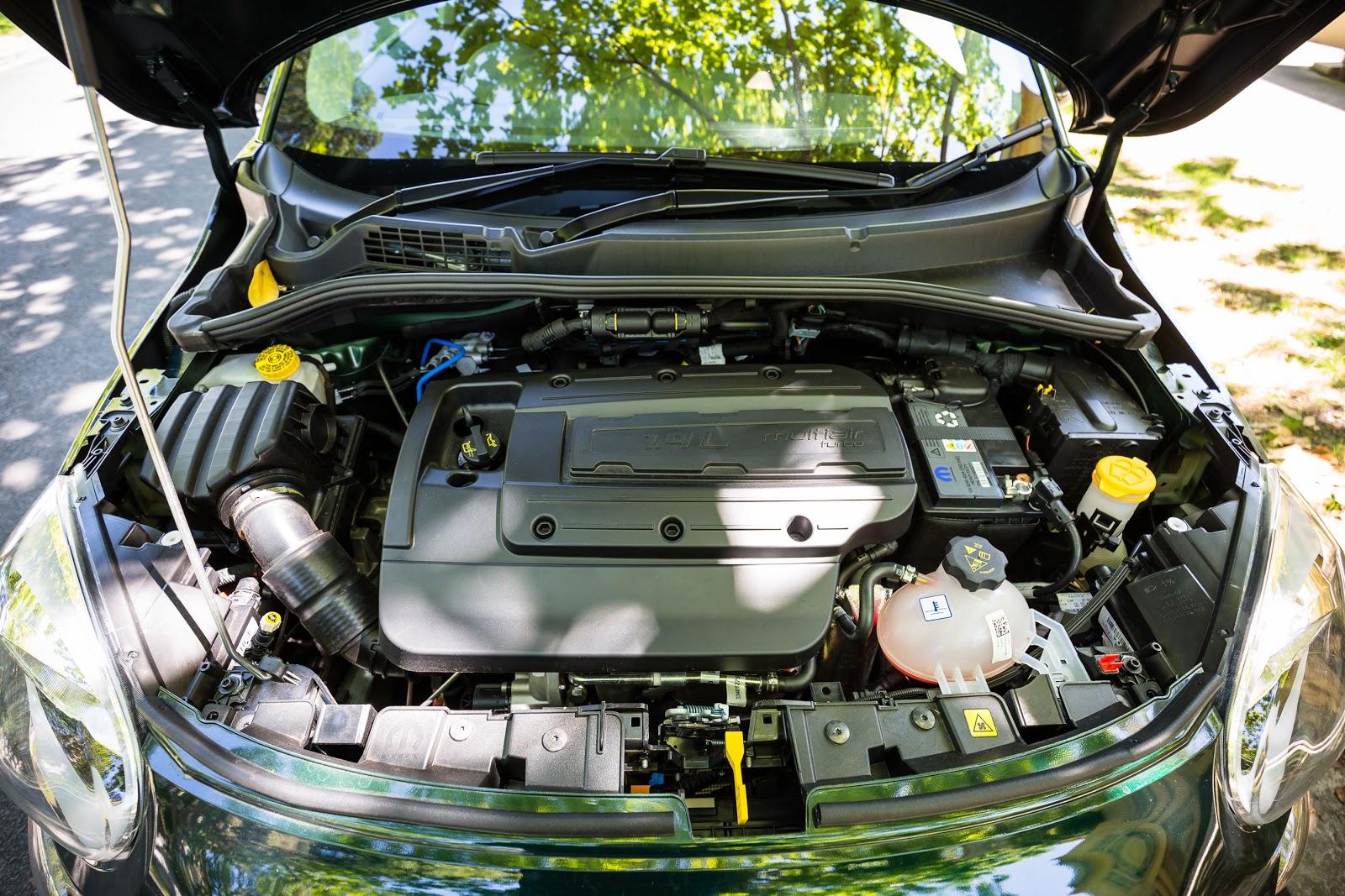 Động cơ của Fiat 500X 2016 cơ bản rất mạnh