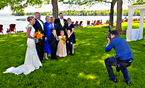 the right wedding photographer