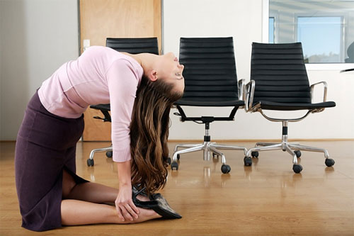 Hướng dẫn 7 cách giảm đau lưng hiệu quả - 1