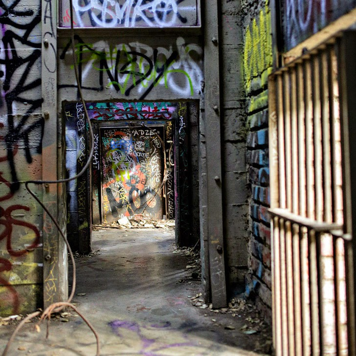 Abandoned Zoo Griffith Park (101 Ultimate Los Angeles Bucket List).