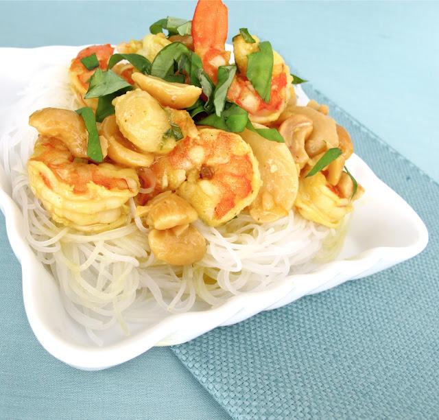 shrimp cashew curry with rice noodles shrimp cashew curry as i ve ...