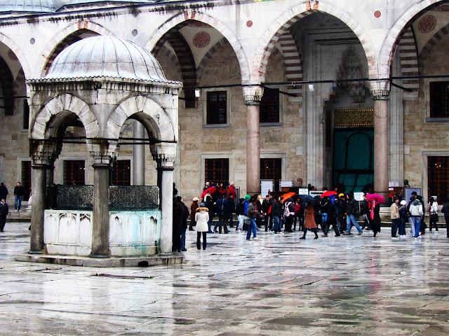 Patio interior da Mezquita Azul