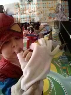 Mão de monstro - Aprendendo com o Theo