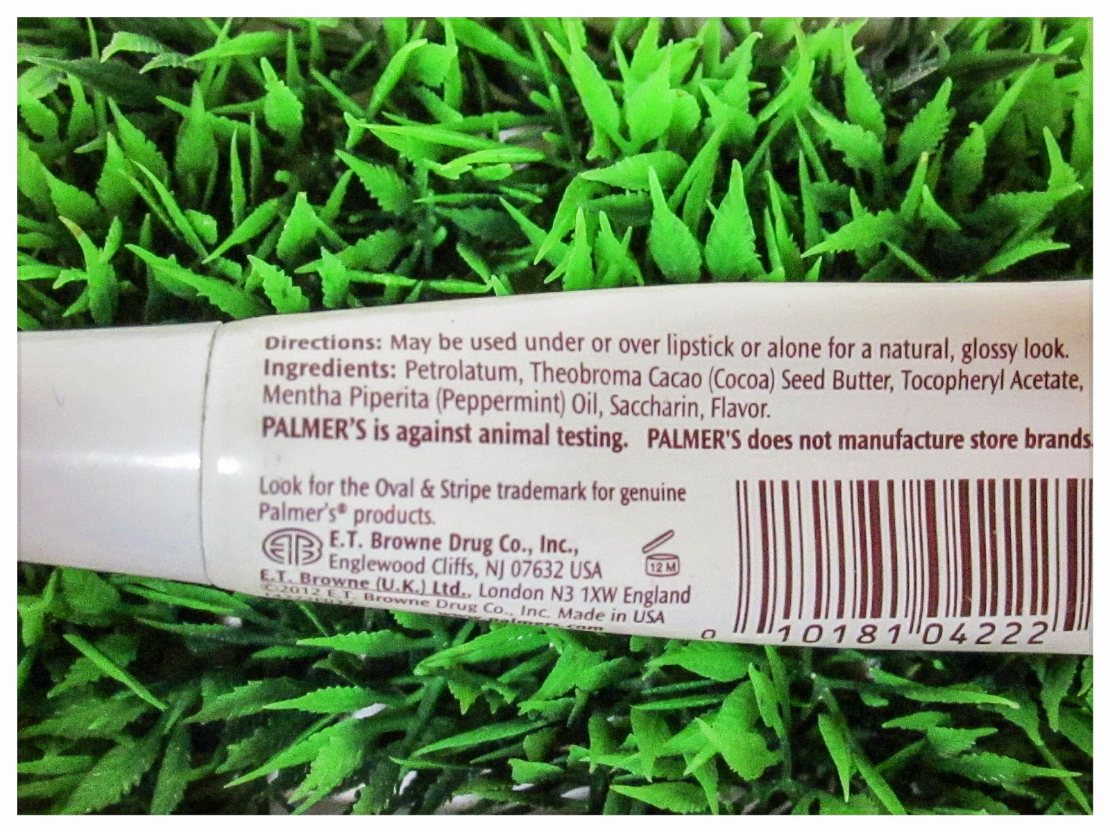 Palmer's-Dark-Chocolate-and-Peppermint-Lip-Butter-Review