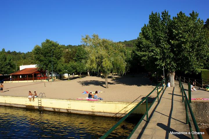 Parque campismo da Praia Fluvial da Aldeia Ruiva