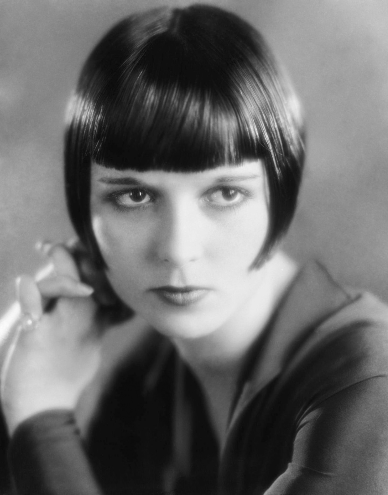 A PERSON IN THE DARK: The Flappers: Free, Female & 21