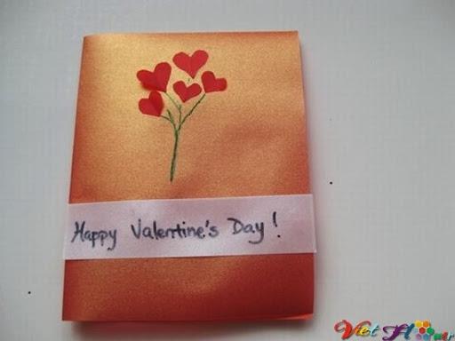 Cành hoa trái tim cho valentine lãng mạn