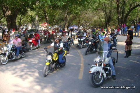 Motociclistas asistentes al Moto Rock 2012 en Sabinas Hidalgo