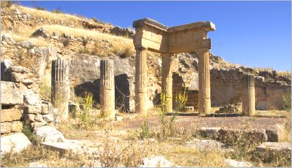 Sizilien - Solunto - Die Säulen des Gymnasiums
