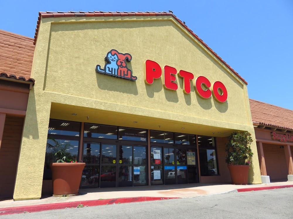 petco Petco animal supplies, inc, or simply petco, is an american privately held pet retailer in the united states, with corporate offices in san diego and san antoniopetco sells pet products and services, as well as certain types of live animals.