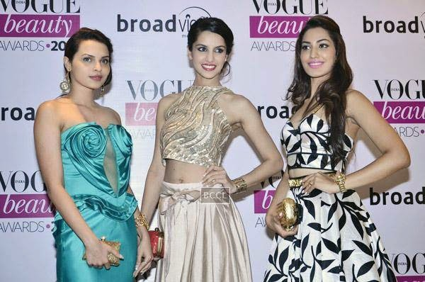 fbb Femina Miss India World 2014 Koyal Rana (centre) with fbb Femina Miss India 2014 first runner-up Jhataleka Malhotra (right) and fbb Femina Miss Miss India 2014 second runner-up Gail Nicole Da Silva (left) strike a pose during Vogue Beauty Awards 2014, held at Hotel Taj Lands End in Mumbai, on July 22, 2014.(Pic: Viral Bhayani)