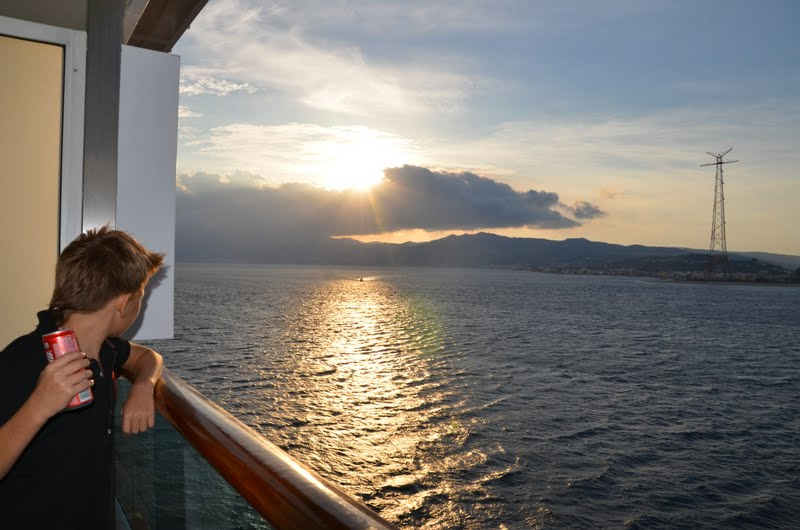 Круизный лайнер Costa Mediterranea: краткий фотообзор