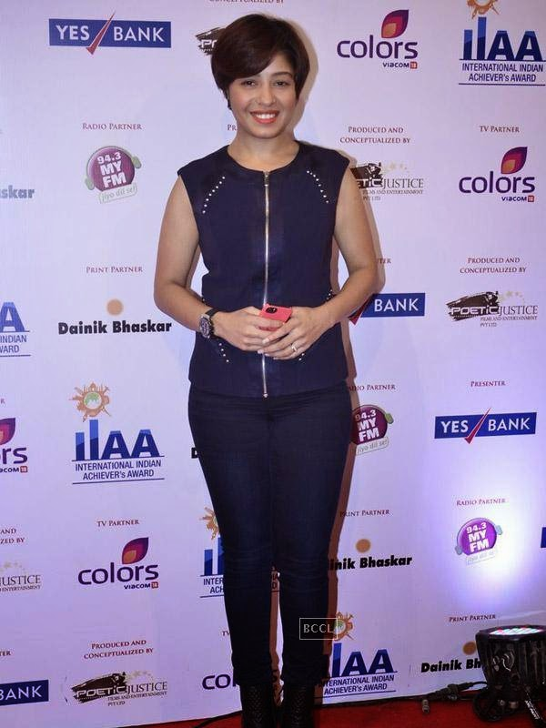 Sunidhi Chauhan at the International Indian Achievers Awards event, held at Filmcity in Mumbai. (Pic: Viral Bhayani)