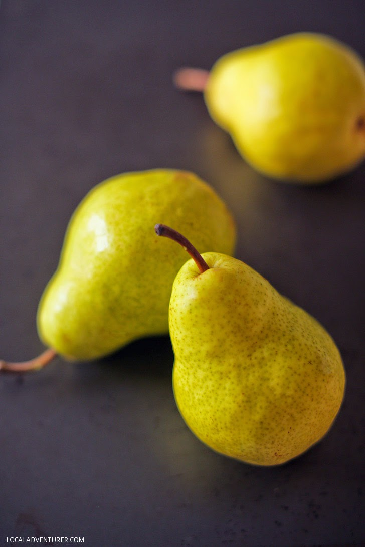 Yellow Bartlett Pear Recipes // Beer Poached Pears Recipe.