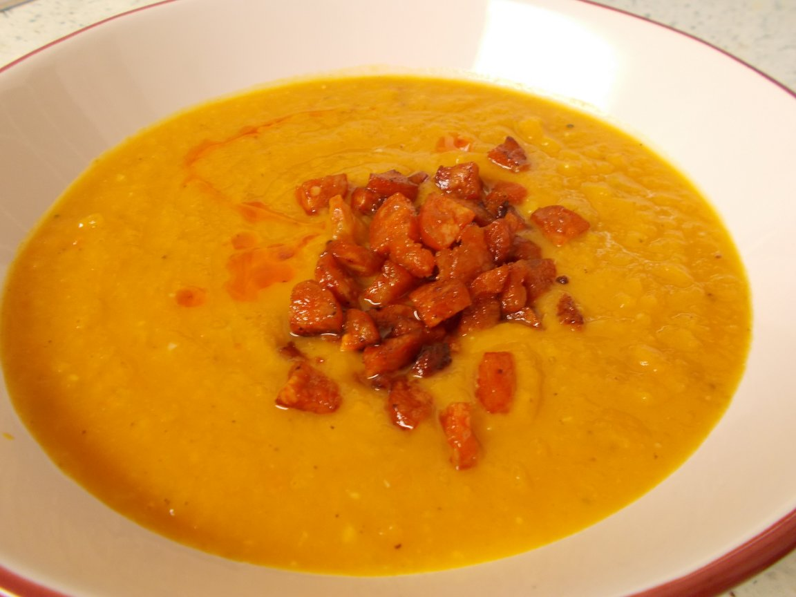Sweet potato & chorizo soup 1.jpg