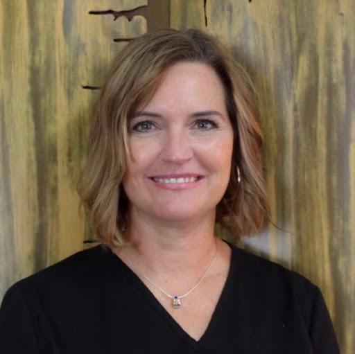 Tina Hartman