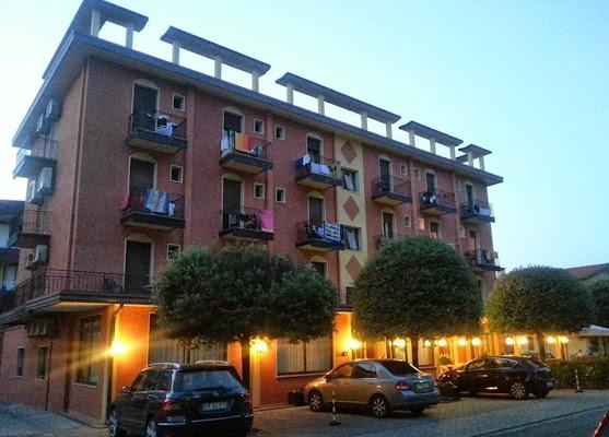 Hotel Sole, Via Aceri, 20, 30020 Eraclea Venice, Italy
