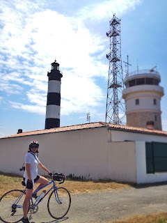 french village diaries summer cycling Ile d'Oleron