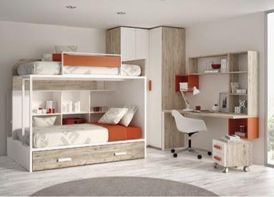 dormitorio con litera con escalera por detras de la cama y armario rincón