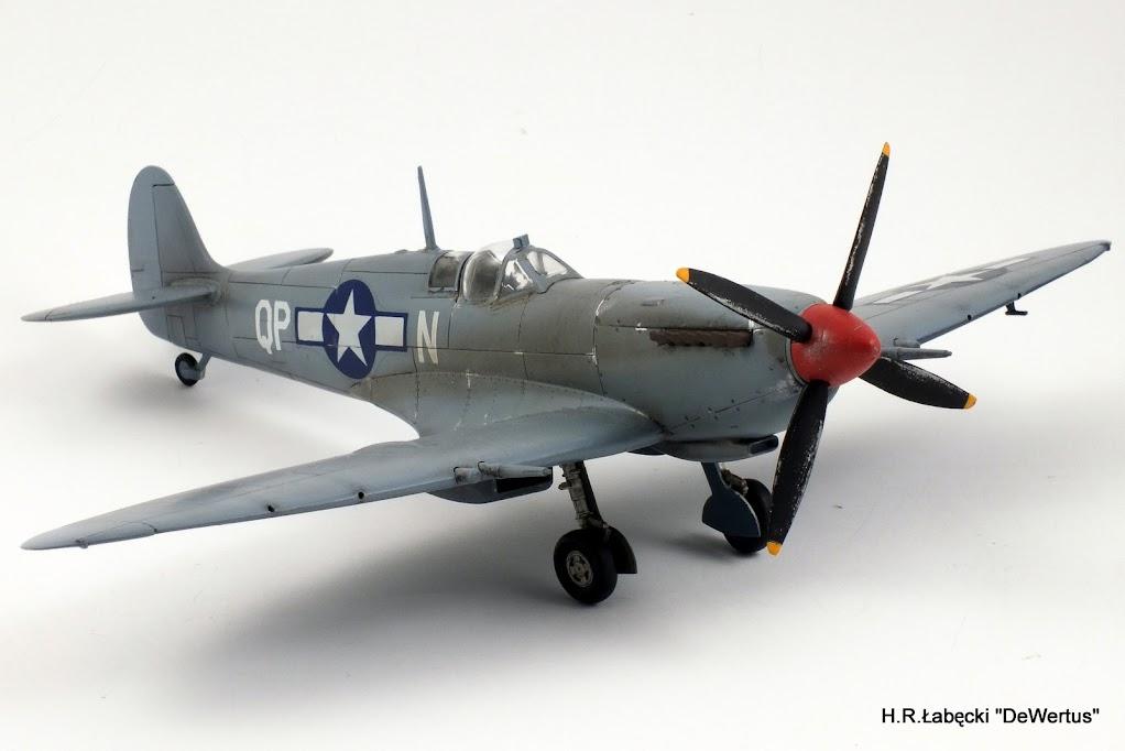 Malta/Sicily 1943; Spitfire Mk.IXc 2FS/52FG; Italeri 1/48 DSCF3816