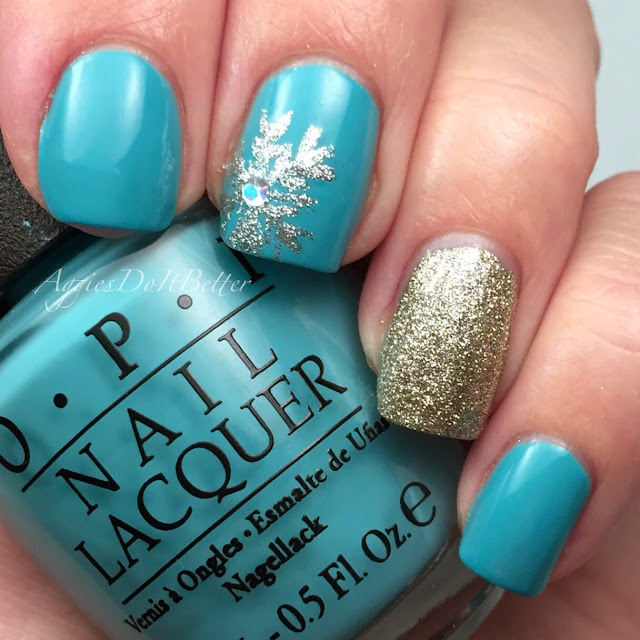 Aggies Do It Better: Snowflake winter nails with OPI Can't