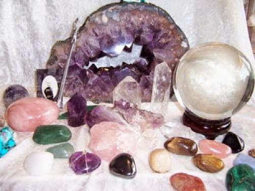Crystals And Gemstones For The Midsummer Solstice And Their Magical Uses