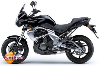 Kawasaki Versys Hitam