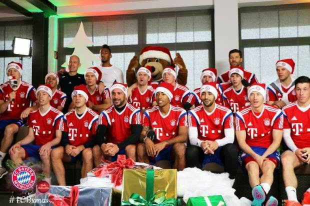 Bóng đá thế giới tưng bừng đón Giáng sinh