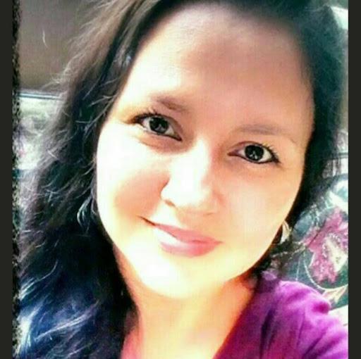 Clara Moreno Photo 33