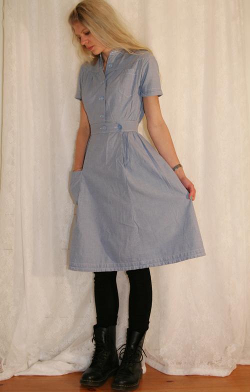 blå- & vitrutig vintageklänning