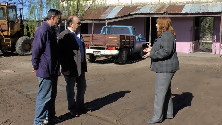 corralon municipal en Quequén maquinarias viales