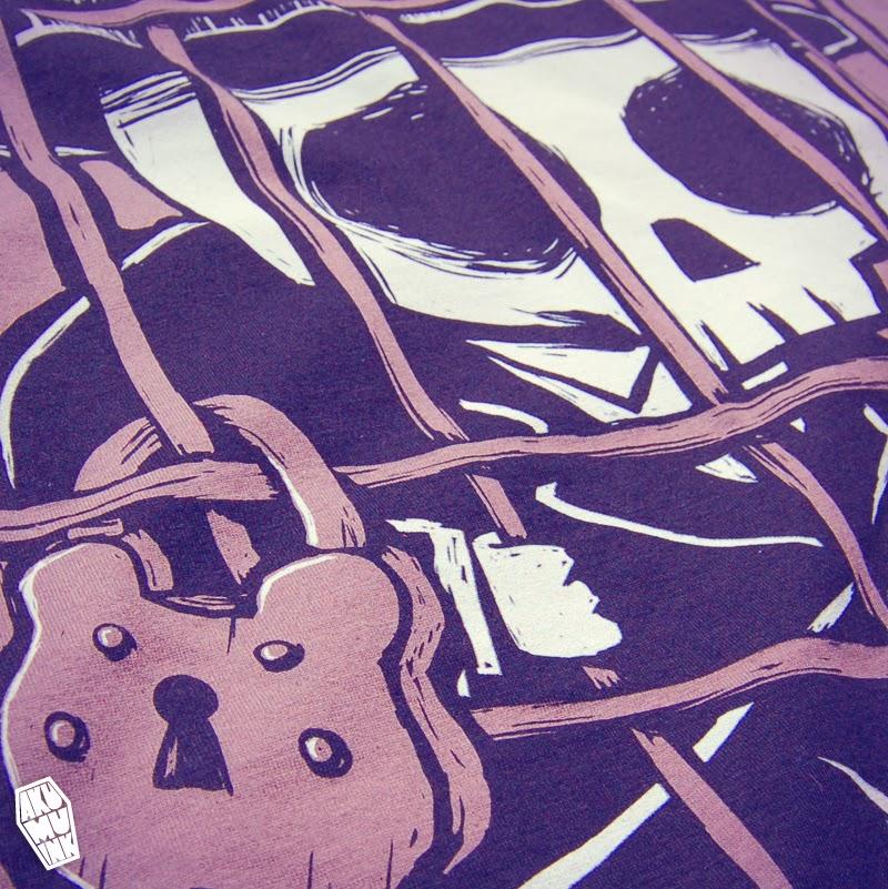 akumuink, lock shirt, cage shirt, skeleton tshirt, comiccon tshirt, comiccon skulls, skull characters, cute dead, japanese goth, japanese emo, scene style, horror chibi