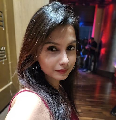 Sayanti Ghosh Photo 7