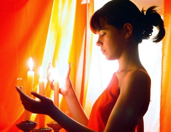Очищение пламенем свечи