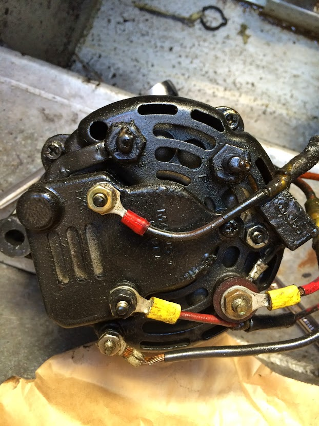 Strange Alternator Wiring Mando To Gladiator Pontoon Boat Deck Boat Forum Wiring Cloud Inamadienstapotheekhoekschewaardnl