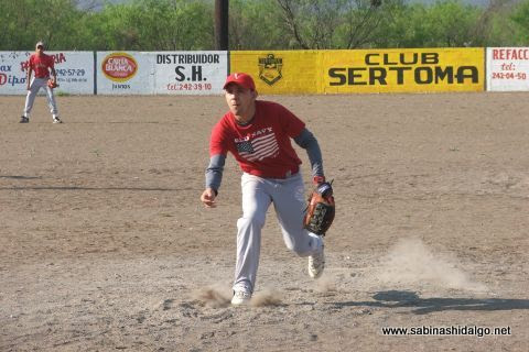 Eduardo Sánchez de Los H de Vallecillo en el softbol del Club Sertoma