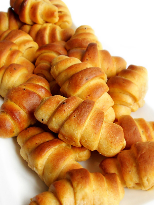 Mini pizza crescent rolls tinascookings.blogspot.com