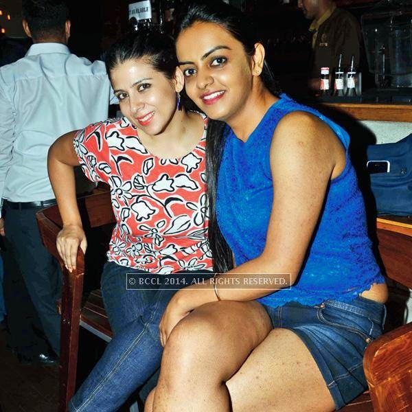 Roma and Afshan Madan during a Sufi night, held at Sutra Gastropub, in Gurgaon.