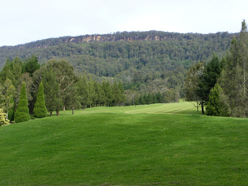 Caddyshack Cabin @ Kangaroo Valley Golf & Country Resort, Resort, 390 Mount Scanzi Rd, Kangaroo Valley NSW 2577, Reviews