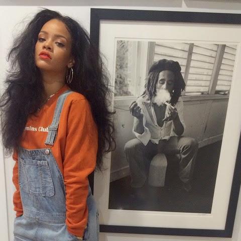 Rihanna in Gentlem3ns Club