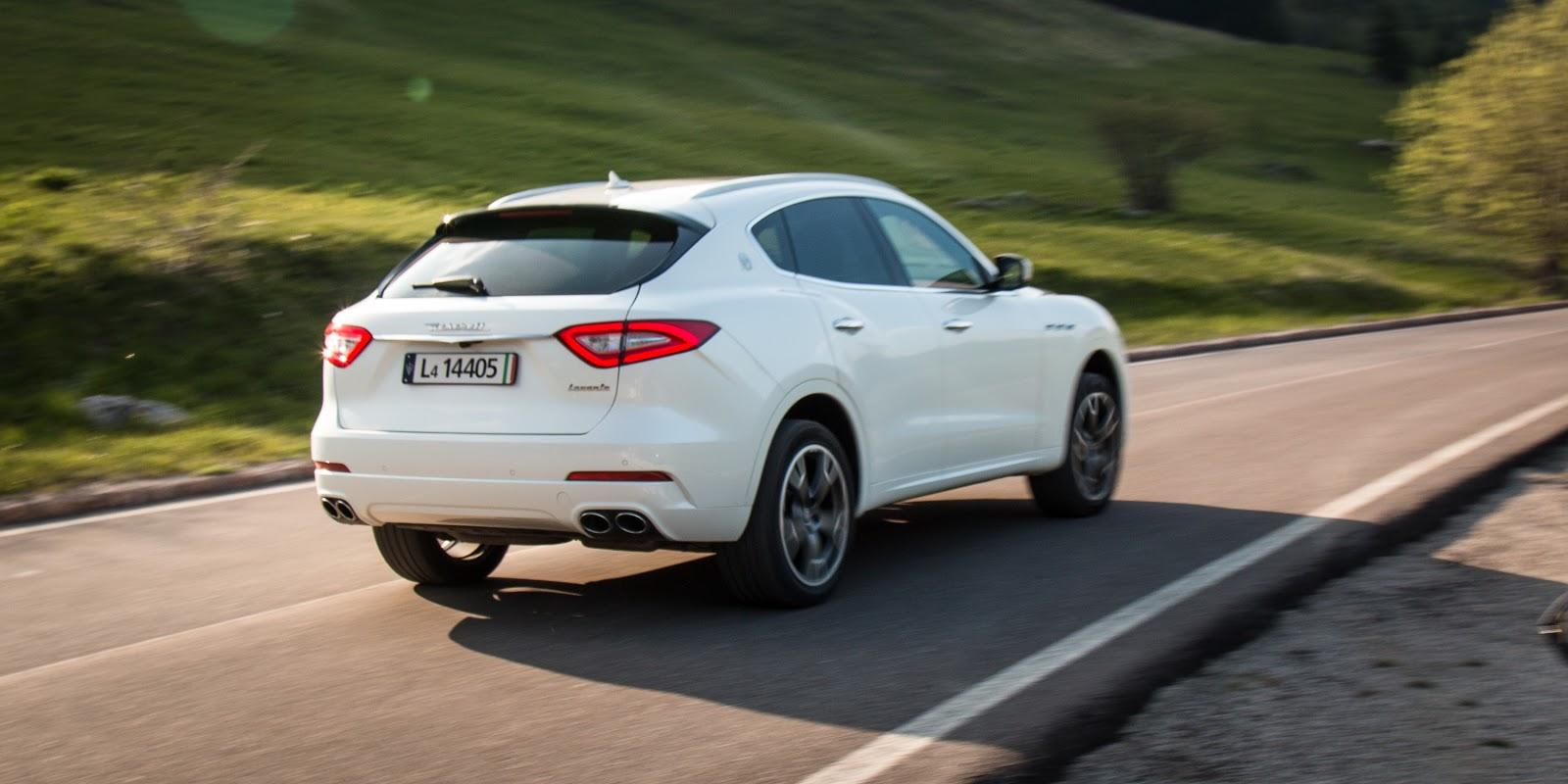 Bạn có nghĩ rằng trước mắt bạn là chiếc RX 350 được vuốt tròn?