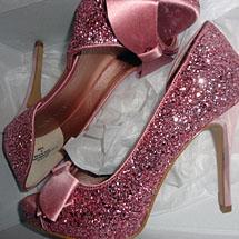 Sapato com glitter rosa