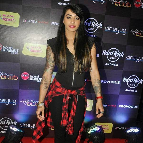 Bani VJ arrives for Ankit Tiwari's live concert, held at Hard Rock Cafe, on July 11, 2014.(Pic: Viral Bhayani)