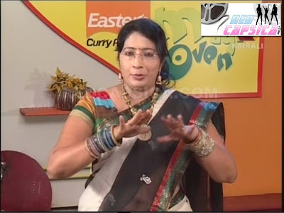 Lakshmi Nair Extreme Clear Navel Show in Magic Oven