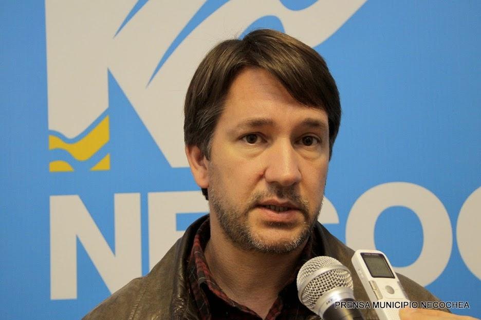 Dirección de Atención Primaria de la Salud, a cargo del Dr. Maximiliano Delfino campaña de vacunación antigripal
