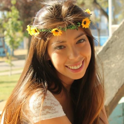 Francisca Diaz Photo 21
